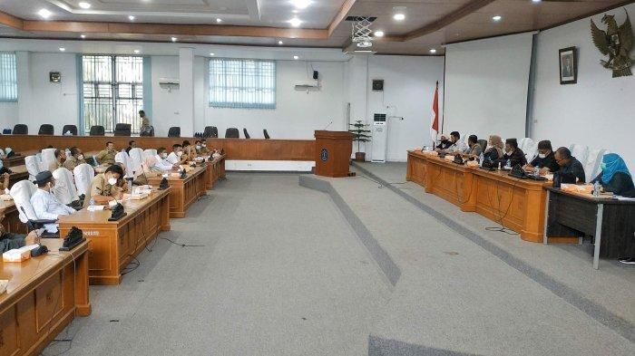 Hadiri Audiensi Bersama DPRD Bangka, PT GML Tampung 5 Poin Tuntutan Warga Sekitar Perkebunan