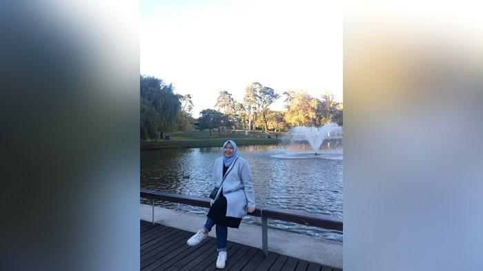 Rini Arianti, Kejar Impian Jadi Doktor Sampai Eropa, Rela LDR dengan Suami Demi S3 - rini-7.jpg
