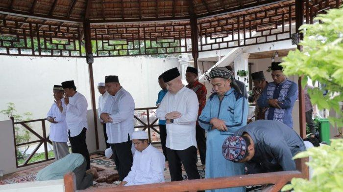 Bersama Sejumlah Ulama, Didit-Korari Sholat Hajat Sebelum Daftar KPU