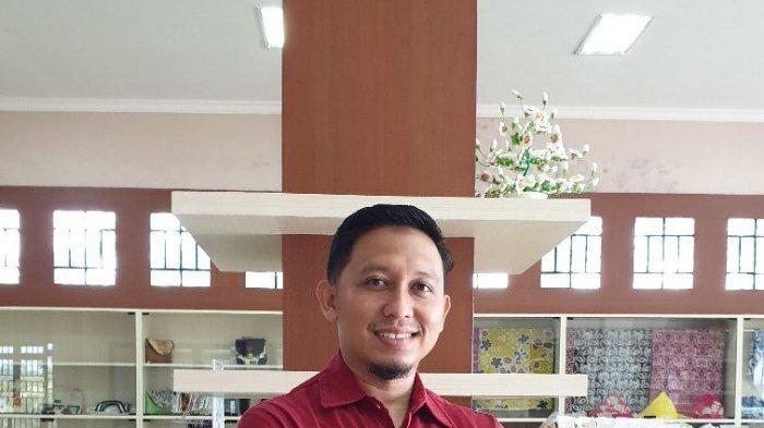 Rodi Afriniko, Sarjana Teknik Sukses Jadi Pengusaha Sate Padang