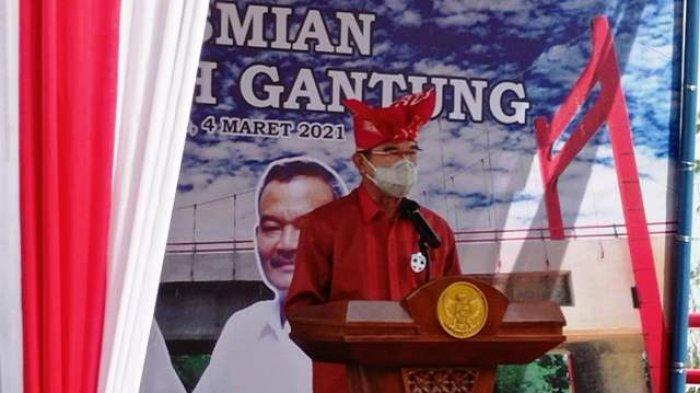 Puji Pembangunan Jembatan Jerambeh Gantung, Rudianto Tjen Bilang Begini