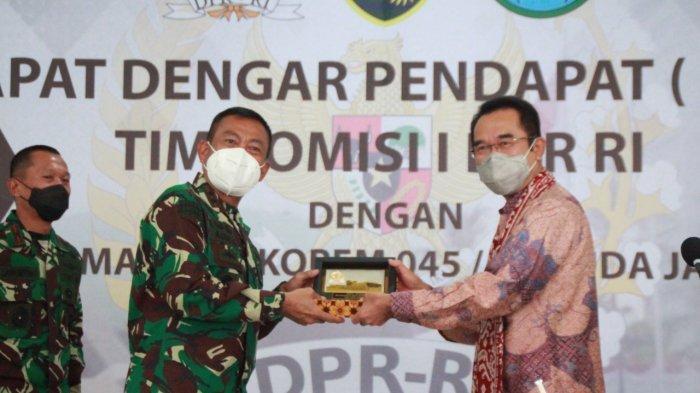 Rudianto Tjen Perjuangkan Kesejahteraan Prajurit TNI di Bangka Belitung