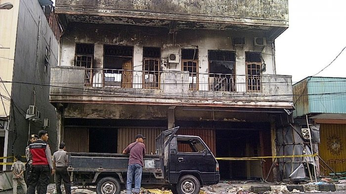 Api Kebakaran Ruko di Tanjungpandan Baru Padam Pagi Ini