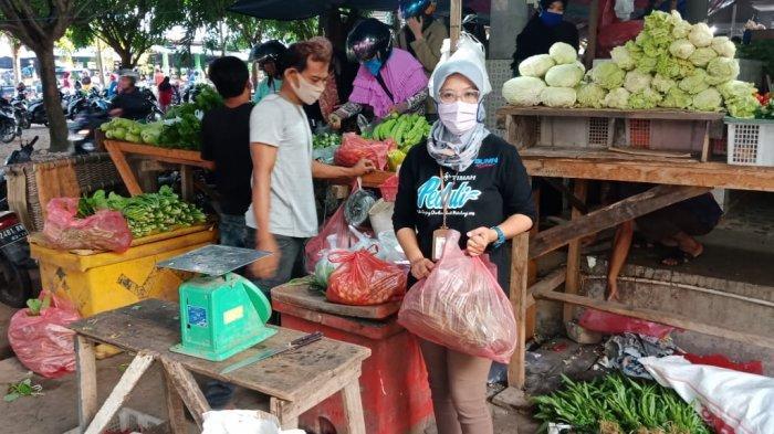 Gerakan Ekonomi Pedagang, Unmet PT Timah Tbk Belanja di Pasar Muntok