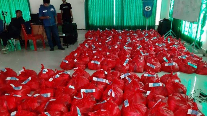 IKT Bagikan 1.585 Paket Sembako Bagi Masyarakat Terdampak Covid-19