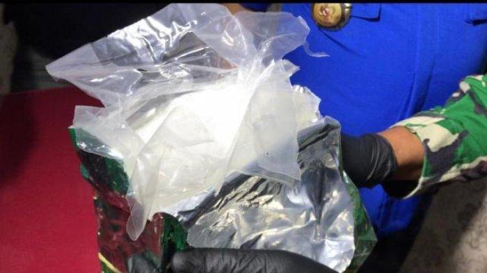 Narkoba jenis sabu yang diamankan Tim Gabungan Lanal Bangka Belitung, BNNP Babel dan KSOP di Pelabuhan Tanjungkalian Muntok, Bangka Barat, Bangka Belitung, Kamis (24/12/2020) sore.