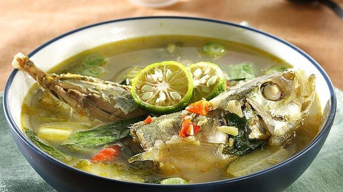 Sajikan Ikan Kuah Asam Jadi Menu Sempurna untuk Makan Malam Keluarga