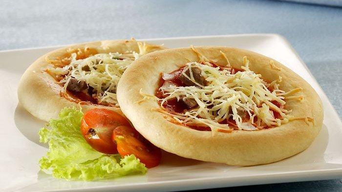 Akhir Pekan Jadi Berkesan Kalau Kita Bikin Pizza Mini Bakso Bersama Si Kecil
