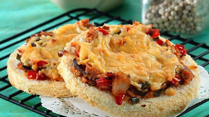 Pizza Tuna Cabai Sederhana Ini Bikin Pizza Rumahan Semakin Menarik untuk Dicoba