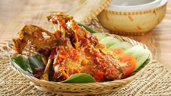 Makanan yang Perlu Dikonsumsi dan Pantangan Penderita Asam Urat