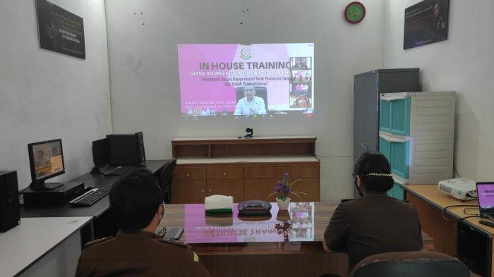 In House Training Kejagung RI yang dilaksanakan melalui virtual