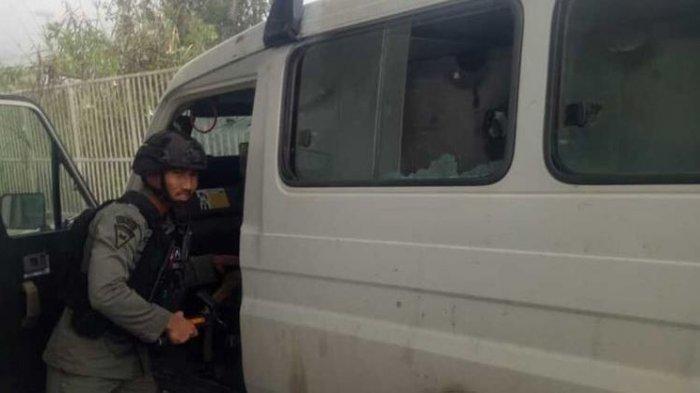 KKB Papua Tembak, Mobil Patroli Aparat Gabungan, Anggota Brimob Terluka, Begini Kondisi Saat Ini