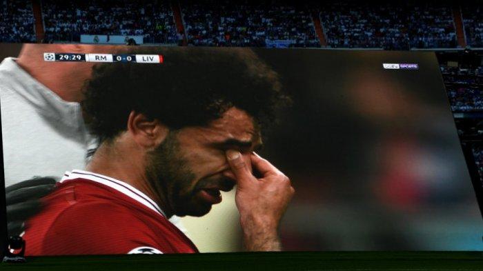 Ekspresi Mohamed Salah saat Menyaksikan Gawang Mesir Dibobol Pemain Uruguay di Menit Akhir
