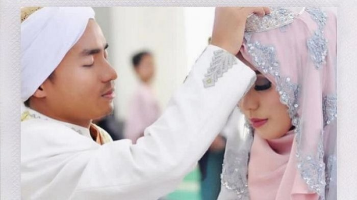Salma Fina Sunan dan Taqy Malik saat menikah