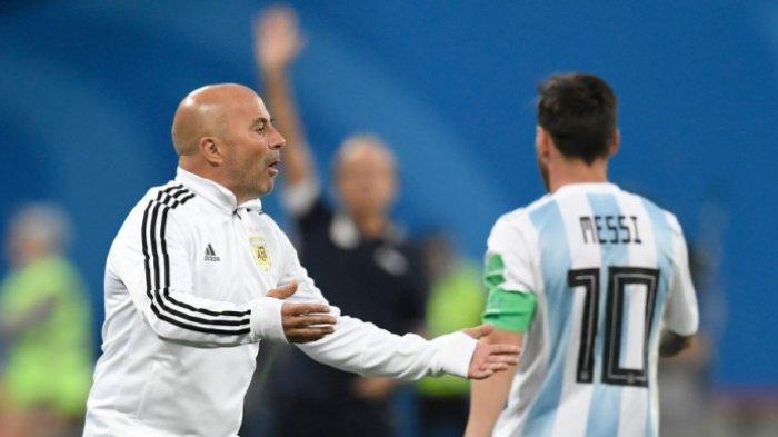 Pelatih Argentina Jorge Sampaoli Dicueki Anak Asuhnya saat Rayakan Gol Lionel Messi