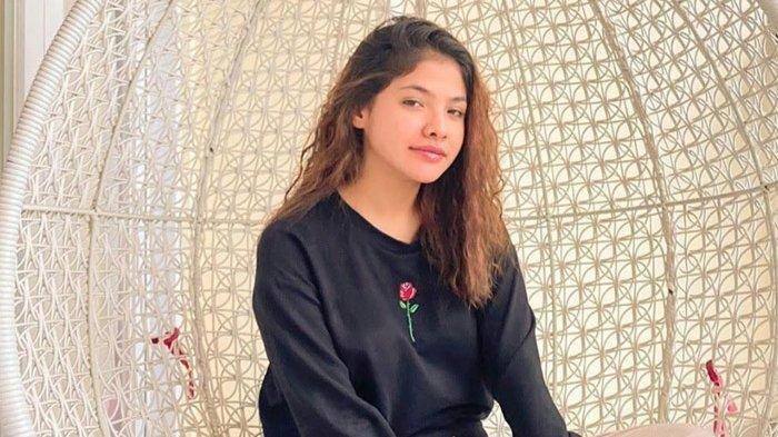 Sara Fajira Menghayati Lirik Sampai Menangis saat Rekaman Lagu 'Lathi' dengan Weird Genius