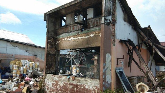Saksi Ungkap Kronologis Kebakaran Gudang Toko Roti BB Bakery, Pegawai Sempat Berhamburan Keluar