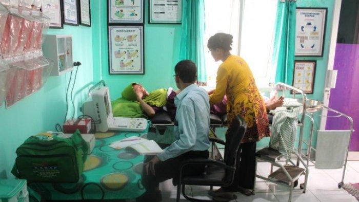 109 Warga Kepulauan Pongok Ikut Pelayanan Kesehatan Bergerak