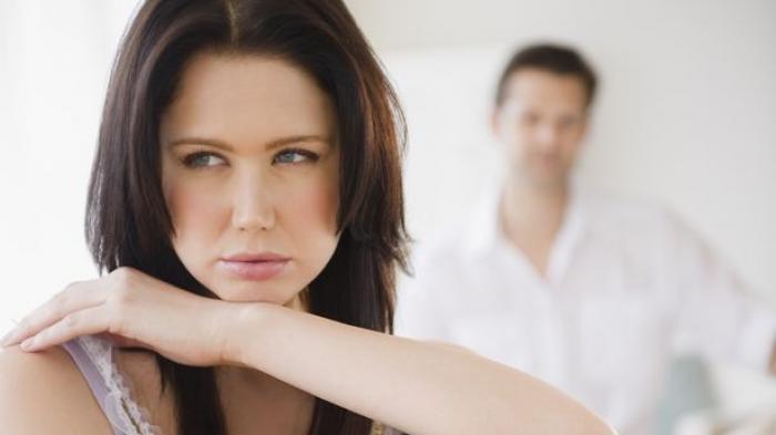 Suami Labrak Istri Berduaan Bareng Pejabat di Hotel