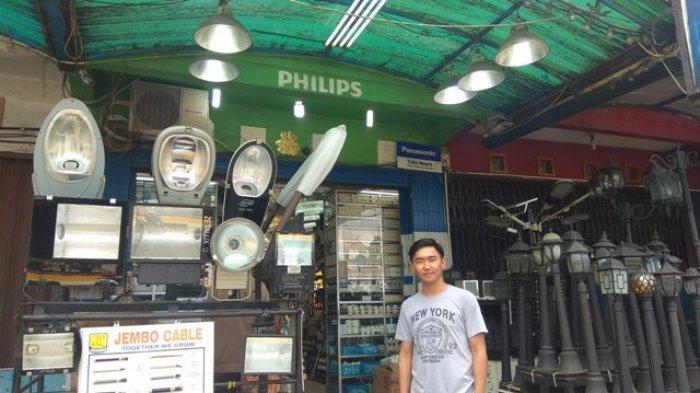 Lampu Panel Surya Banyak Diminati di Daerah Sulit Listrik
