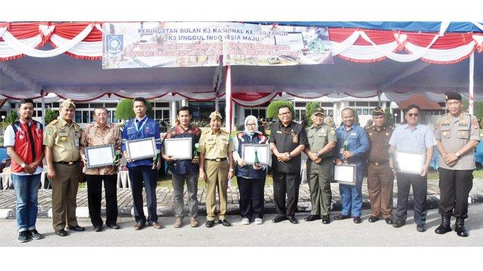 Serahkan Penghargaan, Wagub Bangka Belitung Ingin Program K3 Berjalan Efektif