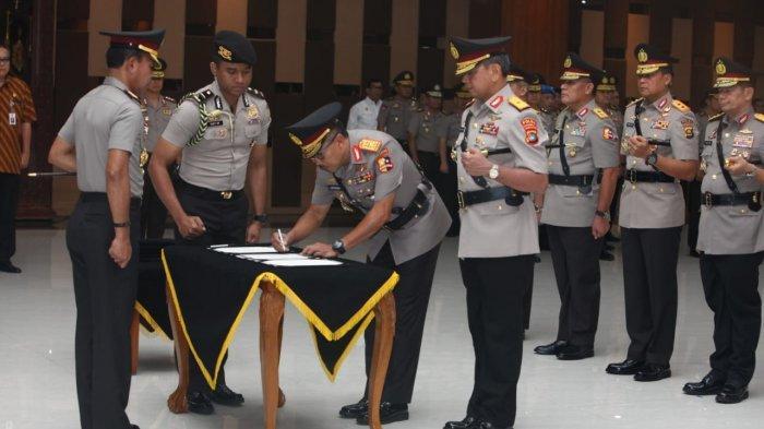 BREAKING NEWS : Brigjen Pol Anang Syarif Hidayat Resmi Jabat Kapolda Bangka Belitung - sertijab-kapolda-kepulauan-bangka-belitung-dipimpin-kapolri-di-baresk.jpg