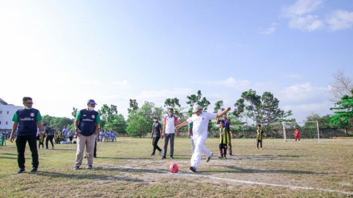 Kick Off Gubernur Erzaldi Tandai Mulainya Festival Sepak Bola
