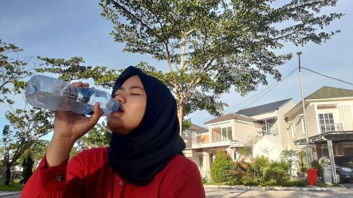 Sering Lupa Minum Air? Ini Tips Agar Terhindar dari Dehidrasi