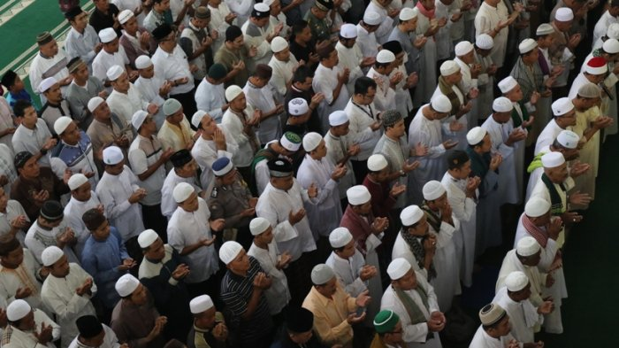 Doa Qunut Subuh, Qunut Witir dan Qunut Nazilah Lengkap Lafas Arab dan Latin
