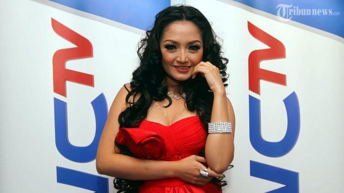Siti Badriah Ungkap Penyebabnya Dirinya Masih Menjomblo Hingga Saat Ini