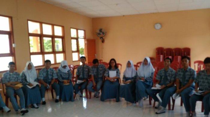 SMAN 1 Toboali Belajar Jurnalistik ke Wartawan