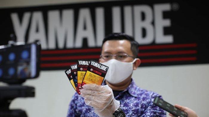 Yamaha Berikan Apresiasi Bagi Pemenang Sobek Label Oli Yamalube