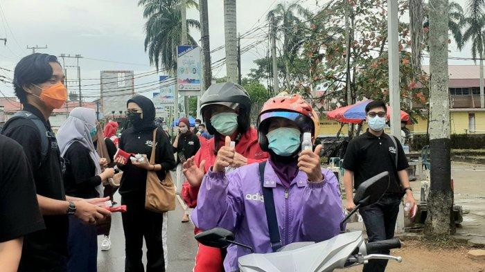 Komunitas Sobat Indihome Bangka Belitung Peduli Pandemi Covid-19, Bagikan Masker dan Handsanitizer