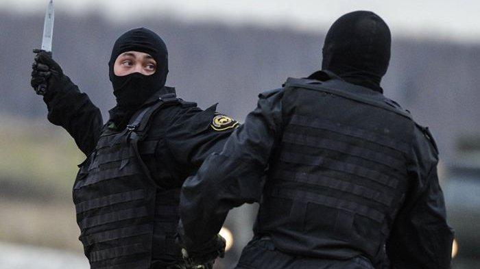 Pasukan elite Spetsnaz sedang berlatih pertarungan jarak dekat.