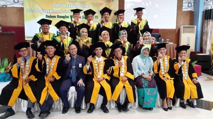 34 Lulusan  Diwisuda, Darol Arkum Perkenalkan Stisipol Pahlawan 12 ke Level Internasional