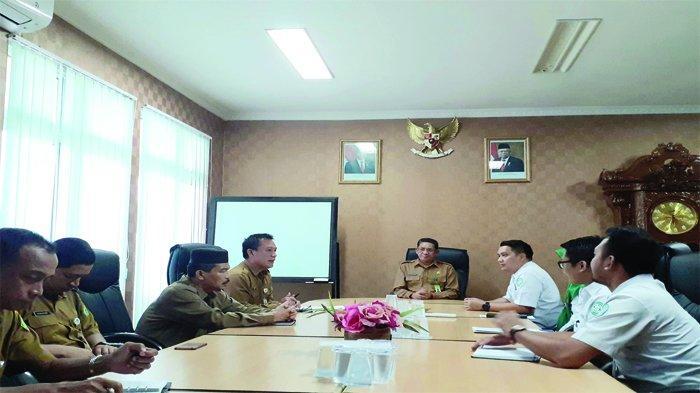 Dukung Program JKN - KIS, Kemenag Bangka Belitung dan BPJS Kesehatan Jalin Kerjasama - suasana-disela-penandatanganan.jpg