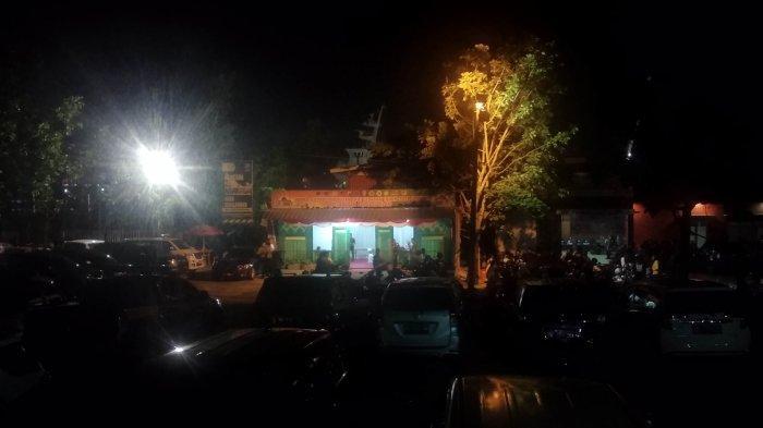 Pukul 19.10 Belum Ada Tanda Massa Datang ke Pelabuhan Pangkalbalam