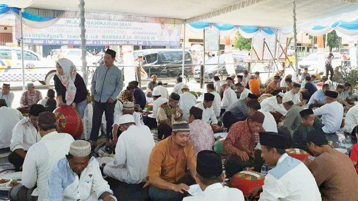Nganggung Bersama di Kecamatan Rangkui Meriahkan Maulid Nabi Muhammad SAW 1441 H