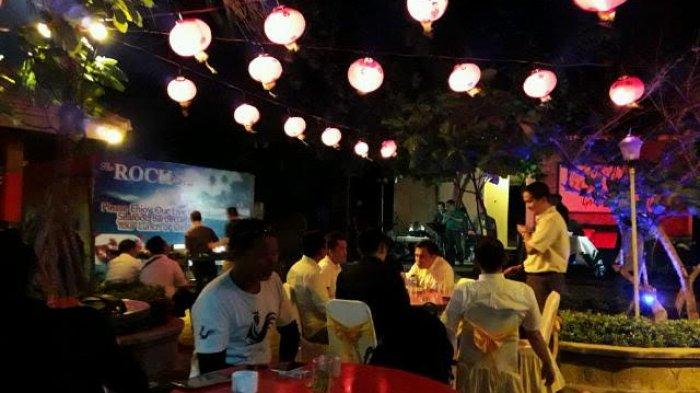 Menikmati Indahnya Bulan Purnama Berteman Musik Nan Syahdu di Parai Beach Resort & Spa