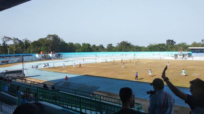 Babel United FC Unggul Sementara Lawan Cilegon United 0-1 di Stadion Depati Amir Pangkalpinang