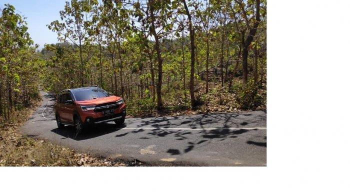 Serunya Berpetualang dan Menikmati Alam Semesta Bersama Suzuki XL7