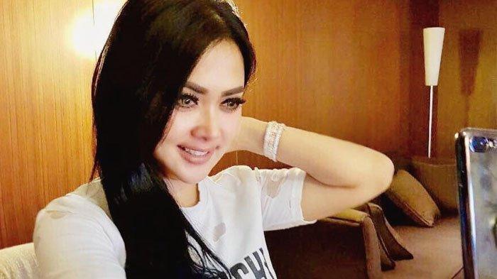 Hotman Paris Kaget Lihat Syahrini Lakukan Ini Bareng Sepertiga Orang Kaya Indonesia di Las Vegas