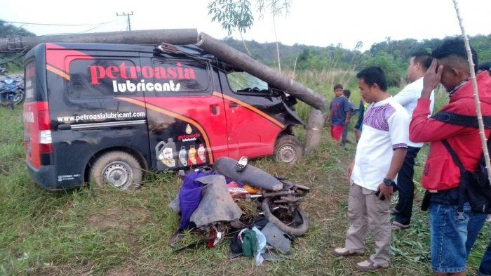 Lakalantas Mobil dan Motor di Desa Sempan, Mahasiswi Tewas di Lokasi Kejadian