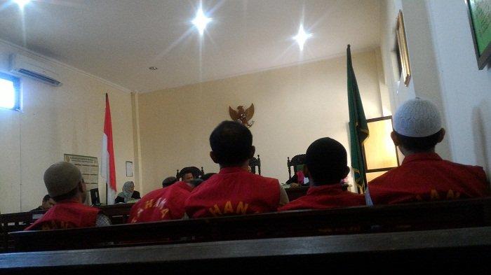 Jalani Sidang Perdana Kasus Narkoba,  Buruh Harian Ini Terancam 12 Tahun Penjara