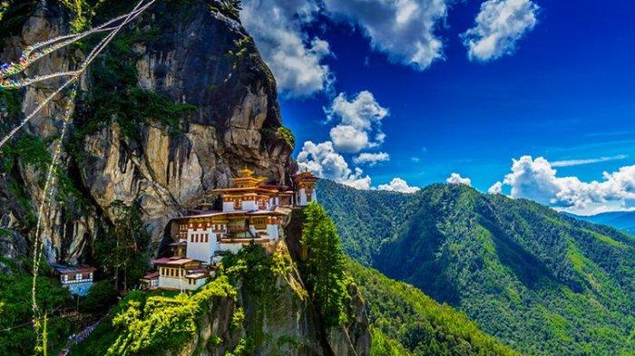 Bhutan, Negara yang Letaknya Paling Tinggi di Dunia, Penerbangan ke Sana Menakutkan