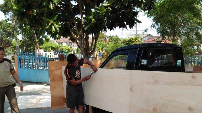 Satpol PP Bangka Buat Mobil Hias Untuk Ikut Karnaval HUT RI ke 74