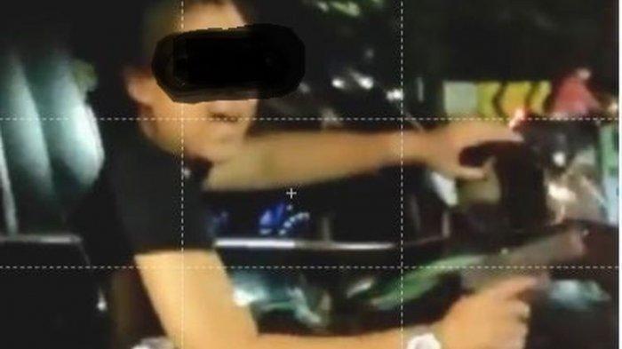 Pengemudi Fortuner Mengaku Polisi, Ancam Warga Todongkan Pistol Usai Tabrak Dua Wanita : Gue Anggota