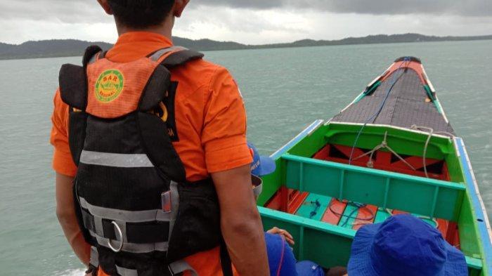 Perahu Kambia Dihempas Ombak, Korban Masih Belum Ditemukan
