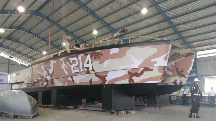 Tank boat Antasena yang dibuat di PT Lundin Banyuwangi
