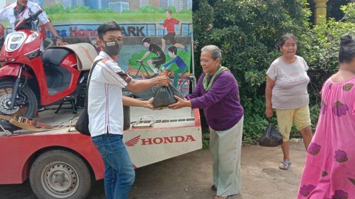 TDM BELINYU Bagi-bagi Sembako dan Masker Antar Kampung